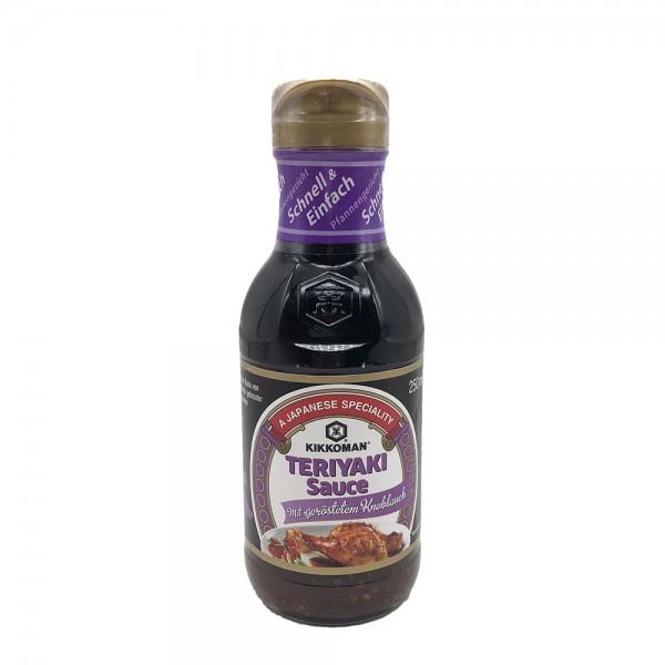 Teriyaki Sauce mit geröstetem Knoblauch Kikkoman